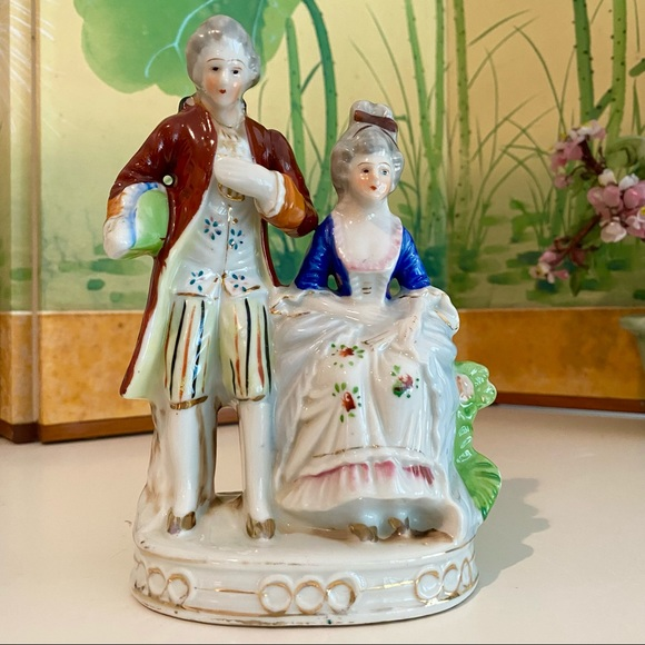 """Vintage French Couple Figurine Made in Japan 7.25"""""""